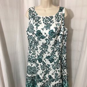 #334–. Be by Chetta B floral dress, new size 10